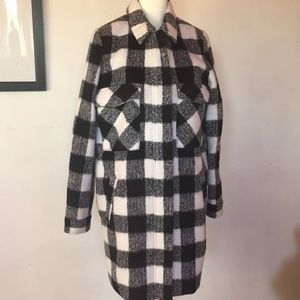 NWT👻 Forever 21 Black&white checkered long jacket